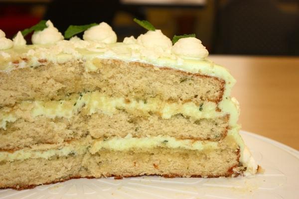 mojito cake slice